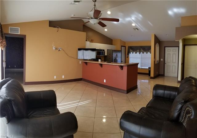 4702 Nora Ave S, Lehigh Acres, FL 33976
