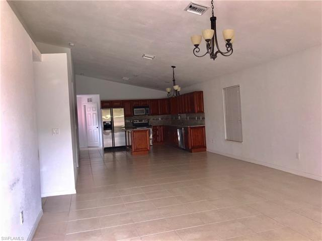 3510 5th St Sw, Lehigh Acres, FL 33976