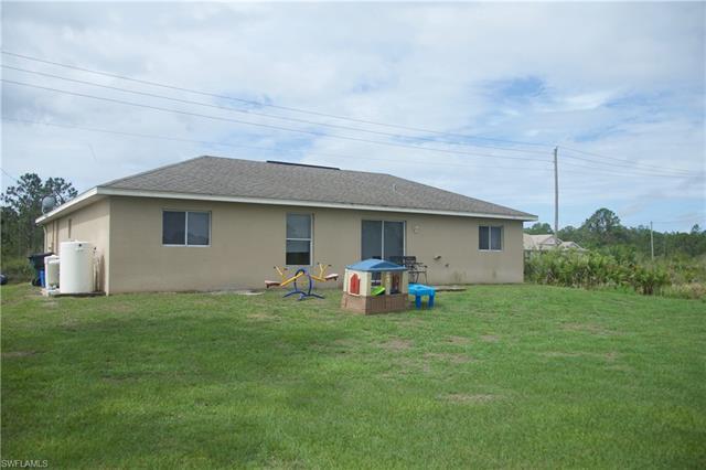 3008 36th St W, Lehigh Acres, FL 33971