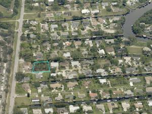 27031 Mora Rd, Bonita Springs, FL 34135