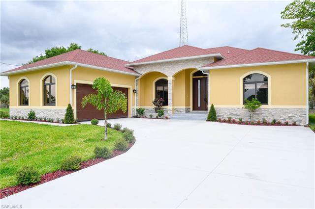 1531 Evalena Ln, North Fort Myers, FL 33917
