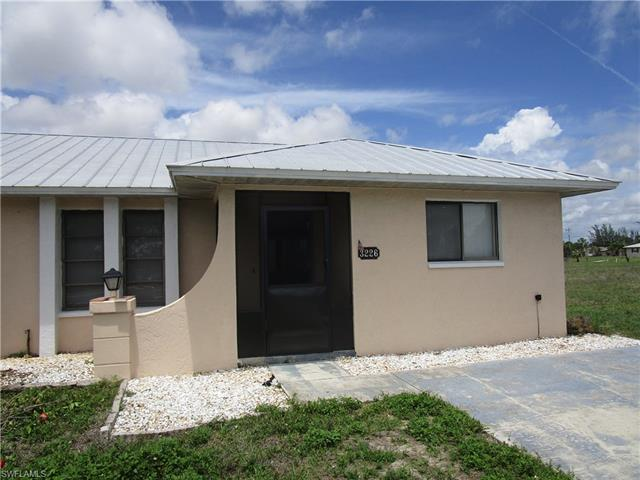 3226 Skyline Blvd, Cape Coral, FL 33914