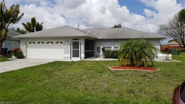 1720 Se 8th Ave, Cape Coral, FL 33990
