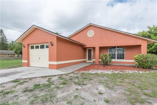 1860 Velasco St, Fort Myers, FL 33916