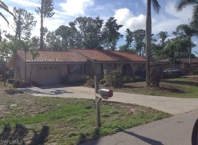 8888 Fordham St, Fort Myers, FL 33907