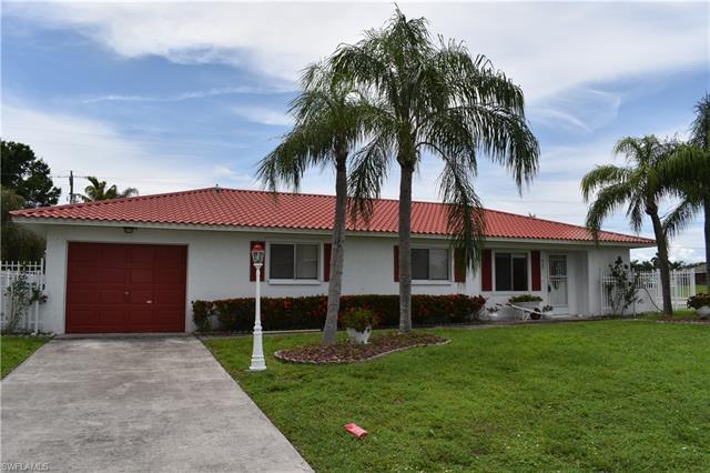 420 Se Santa Barbara Pl, Cape Coral, FL 33990