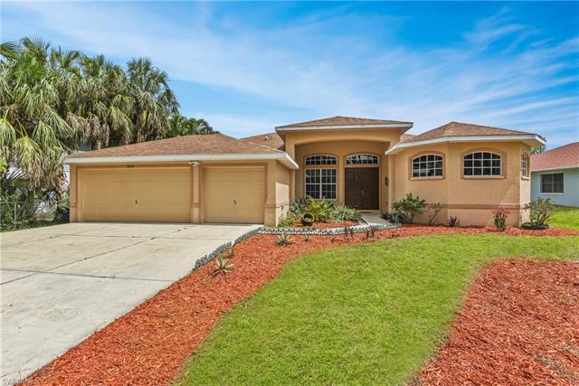 9074 Somerset Ln, Bonita Springs, FL 34135