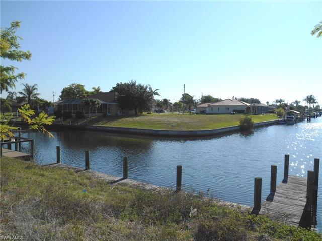 1524 Se 11th Pl, Cape Coral, FL 33990