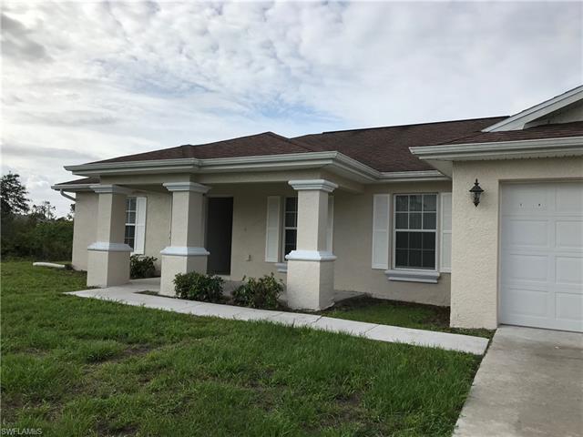 3215 43rd St W, Lehigh Acres, FL 33971