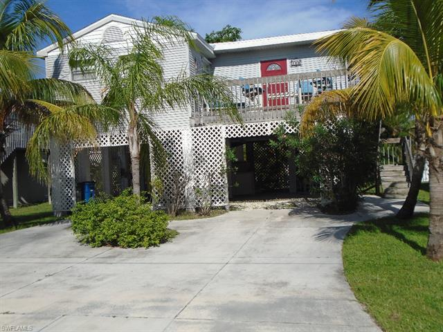 108 Lovers Ln, Fort Myers Beach, FL 33931