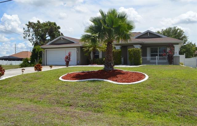 2615 Ne Juanita Pl, Cape Coral, FL 33909