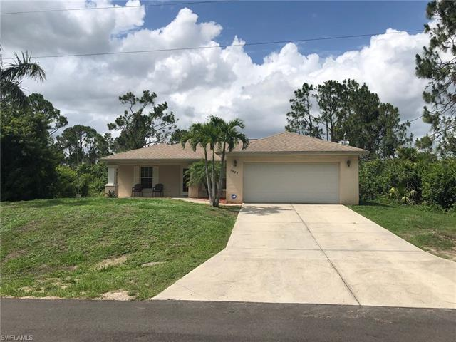 1029 Kaye St E, Lehigh Acres, FL 33974