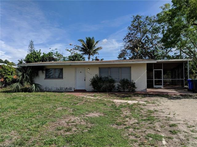 2650 Elmwood St, Fort Myers, FL 33901