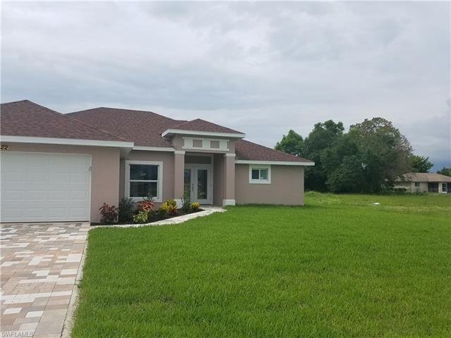 2704 Sw 15th Pl, Cape Coral, FL 33914