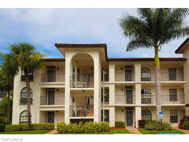 267 Deerwood Cir, #2, Naples, FL 34113