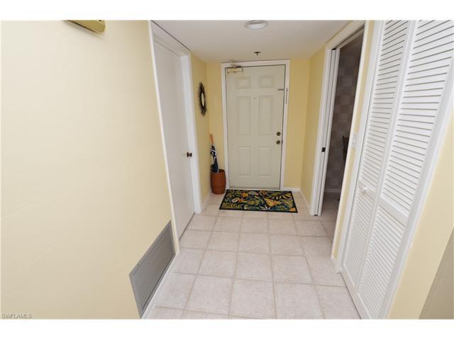 17 Bluebill Ave 702, Naples, FL 34108