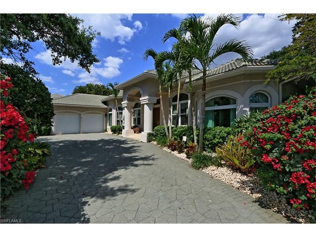 7038 Oakmont Pky, Naples, FL 34108