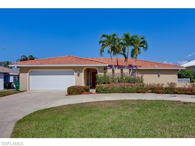 325 Egret Ave, Naples, FL 34108