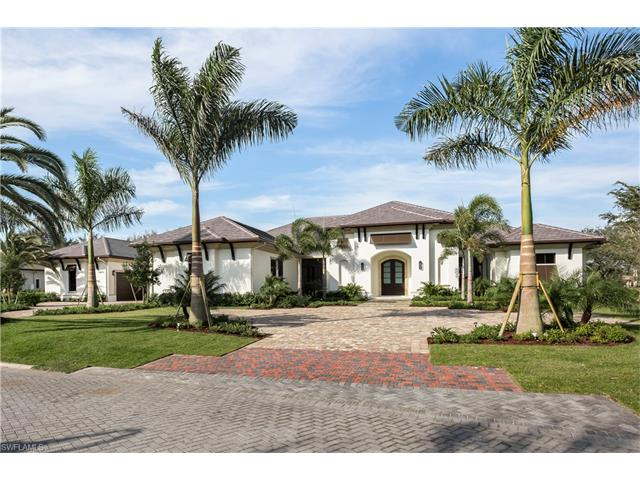13670 Pondview Cir, Naples, FL 34119