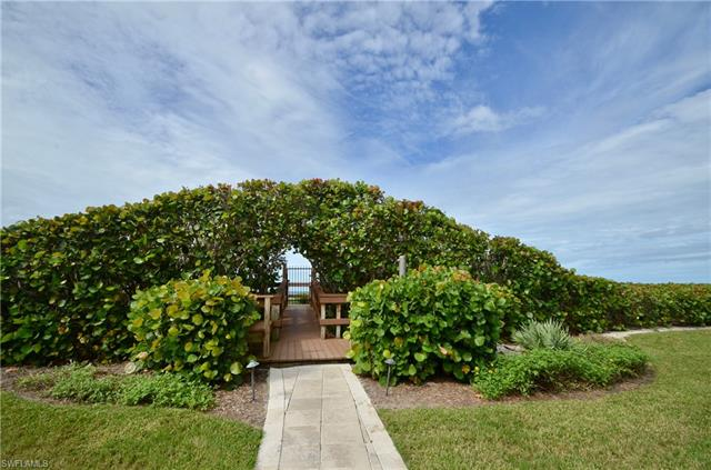 10851 Gulf Shore Dr 1204, Naples, FL 34108