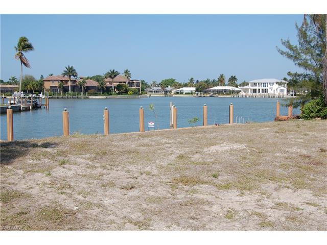 482 Balsam Ct, Marco Island, FL 34145