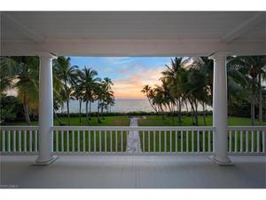 2500 Gordon Dr, Naples, FL 34102
