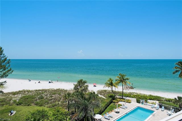 2121 Gulf Shore Blvd N 507, Naples, FL 34102