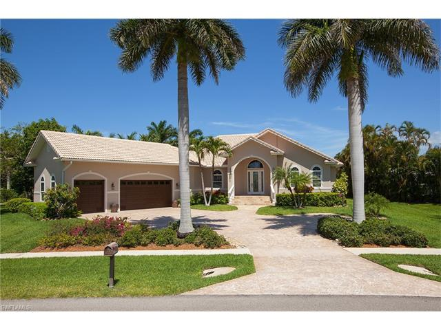 930 Inlet Dr, Marco Island, FL 34145