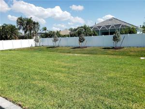 28 Johnnycake Dr, Naples, FL 34110