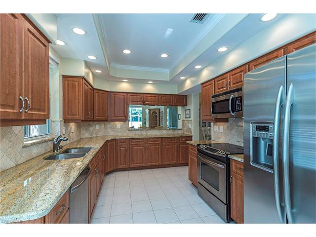 13550 Southampton Dr, Bonita Springs, FL 34135