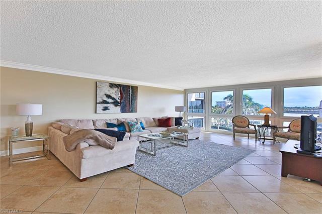 4031 Gulf Shore Blvd N 45, Naples, FL 34103