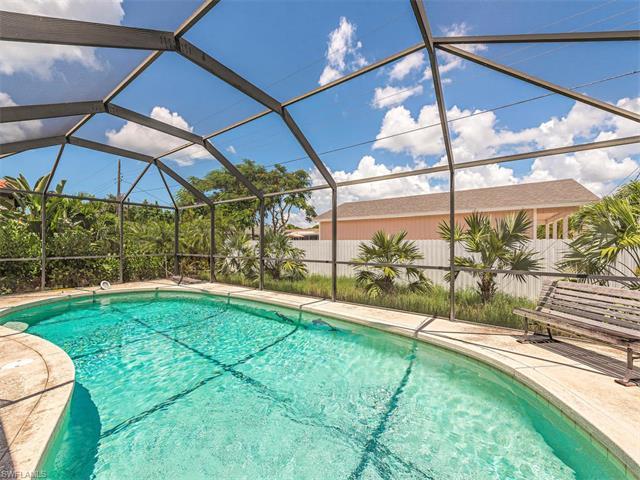 35 4th St, Bonita Springs, FL 34134
