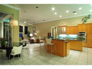 574 Wedgewood Way, Naples, FL 34119