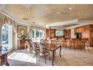 2223 Snook Dr, Naples, FL 34102
