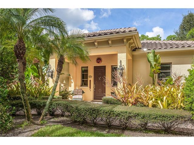 683 Hickory Rd, Naples, FL 34108