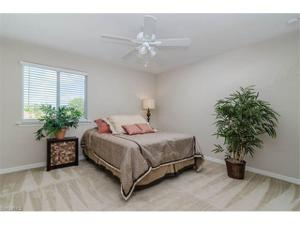 322 Saddlebrook Ln, Naples, FL 34110