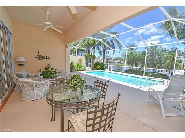 5433 Freeport Ln, Naples, FL 34119