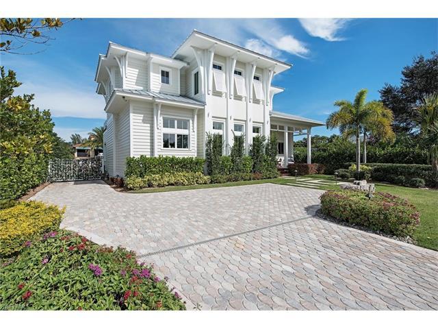 1569 Pelican Ave, Naples, FL 34102