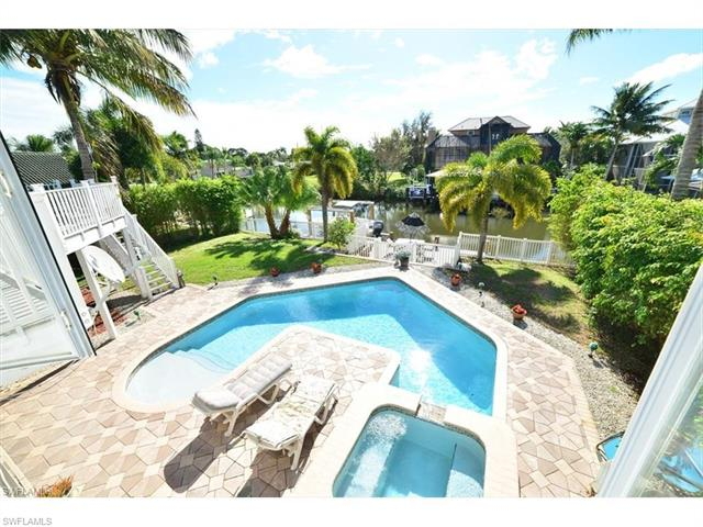 206 6th St, Bonita Springs, FL 34134