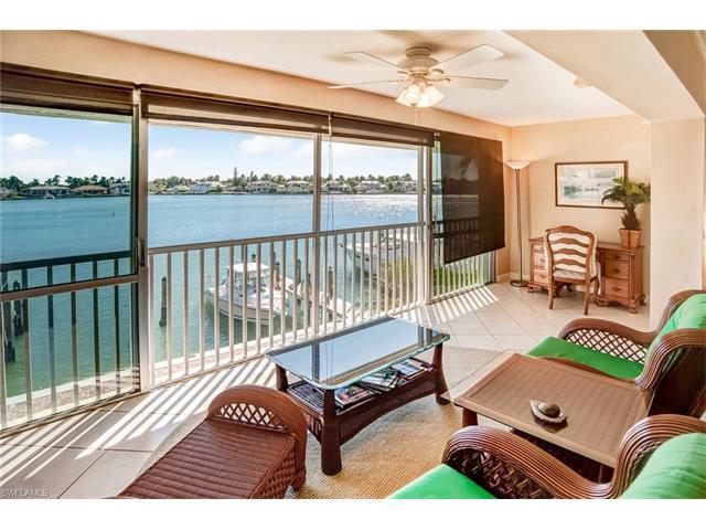 2850 Gulf Shore Blvd N 201, Naples, FL 34103