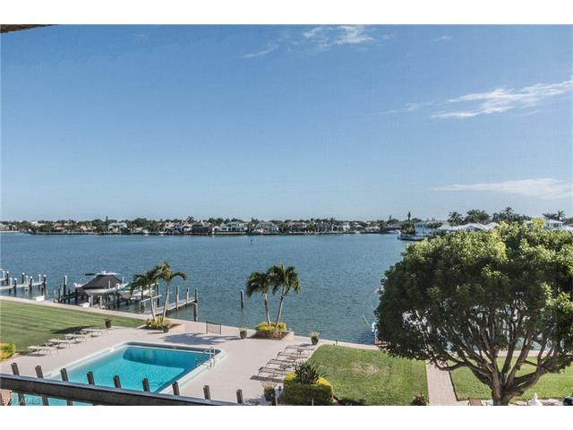 3430 Gulf Shore Blvd N 3d, Naples, FL 34103