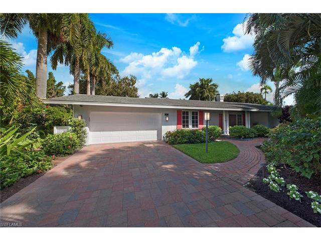 451 Rudder Rd, Naples, FL 34102