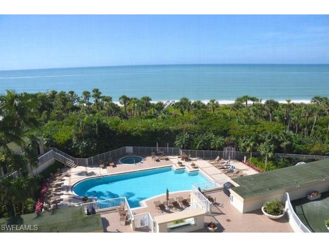 8111 Bay Colony Dr 402, Naples, FL 34108