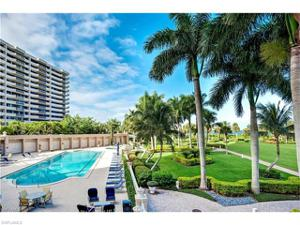 4021 Gulf Shore Blvd N 206, Naples, FL 34103
