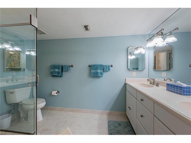 17 Bluebill Ave 401, Naples, FL 34108