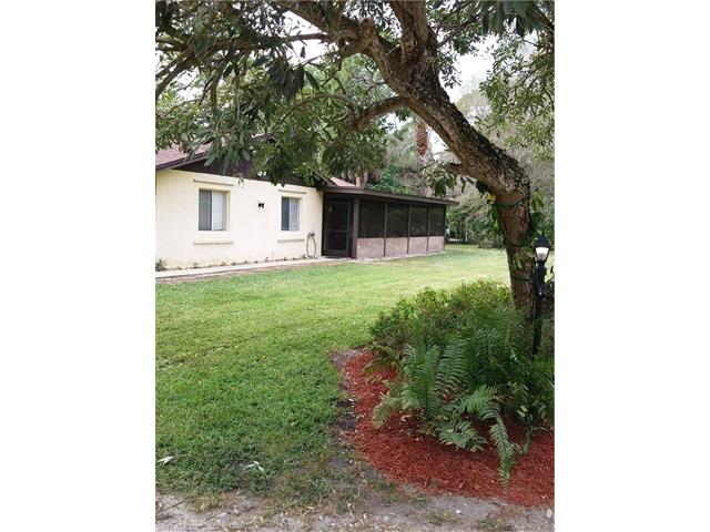 5975 Green Blvd, Naples, FL 34116