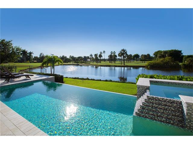 825 Wedge Dr, Naples, FL 34103