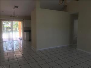 5305 Warren St, Naples, FL 34113