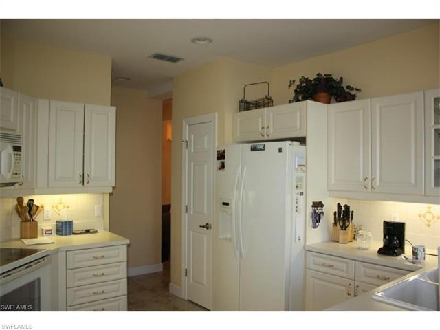 9066 Whimbrel Watch Ln 101, Naples, FL 34109