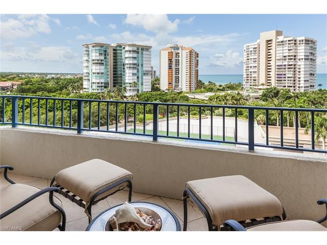 4451 Gulf Shore Blvd N 1003, Naples, FL 34103